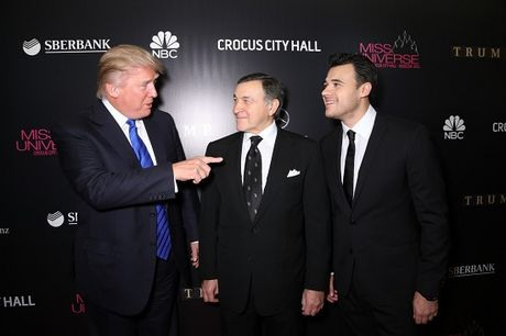 Thuc hu quan he cua ong Trump voi Tong thong Putin - Anh 1