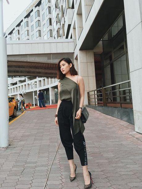 Vbiz10/10: Thanh Van Hugo bieu hien la, ban gai moi cua Cong Ly - Anh 4
