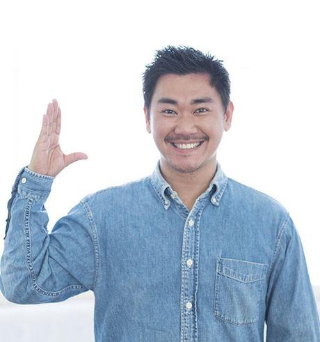 """Tan chay"" voi anh cuoi ngot ngao cua Khanh Hien va ban trai Viet kieu - Anh 15"