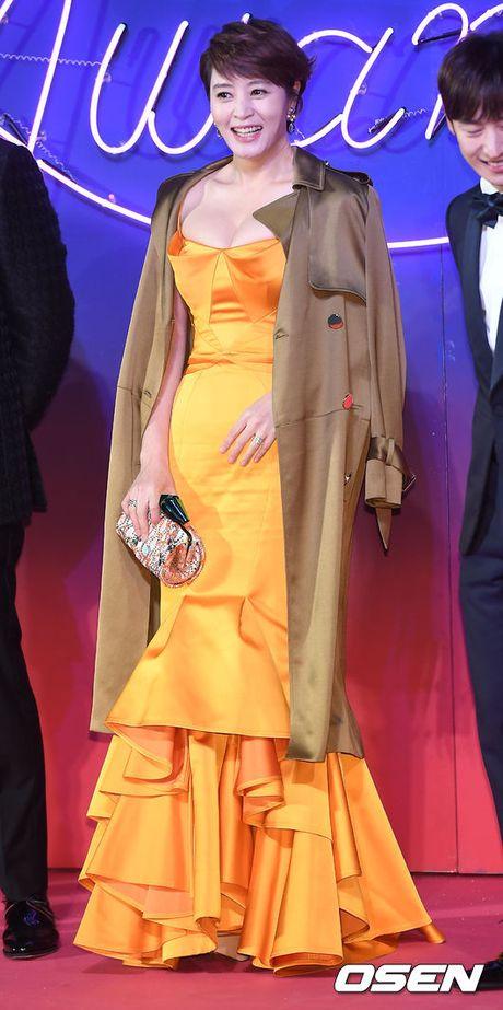"46 tuoi, Kim Hye Soo van xung dang la ""Nu hoang goi cam"" - Anh 1"