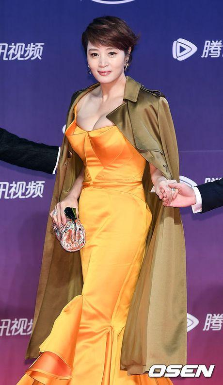 "46 tuoi, Kim Hye Soo van xung dang la ""Nu hoang goi cam"" - Anh 2"