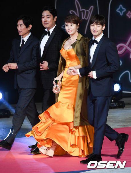"46 tuoi, Kim Hye Soo van xung dang la ""Nu hoang goi cam"" - Anh 3"