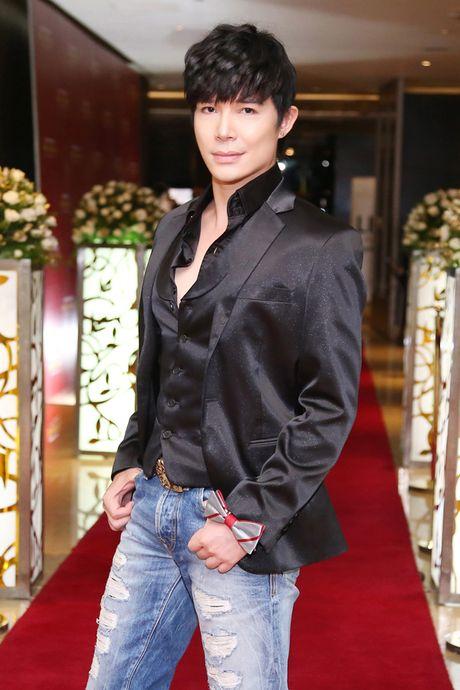 Nathan Lee tinh tu om chat Phuong Mai khong roi - Anh 9
