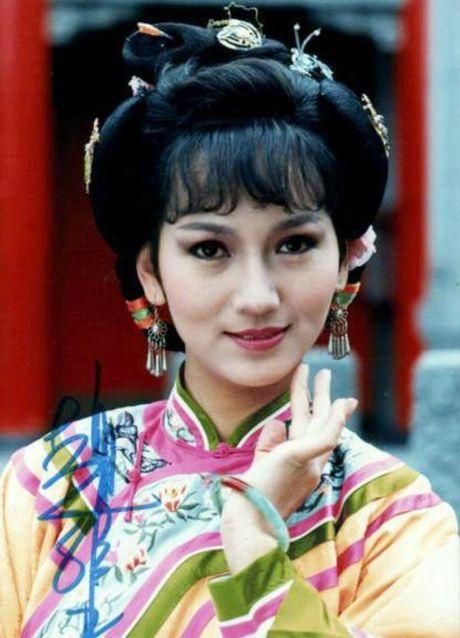 Nhan sac tre mai khong gia cua my nhan 'Ben Thuong Hai' - Anh 4