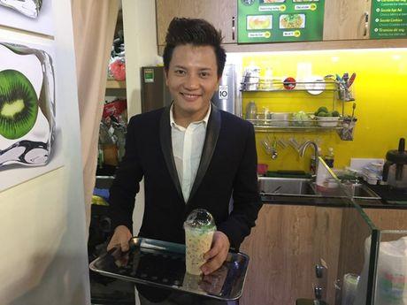 Hoa Hiep khai truong cua hang an uong o Sai Gon - Anh 4