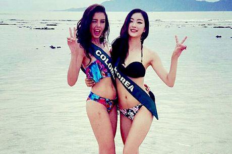 Nam Em mac bikini thi Miss Earth len bao Philippines - Anh 2