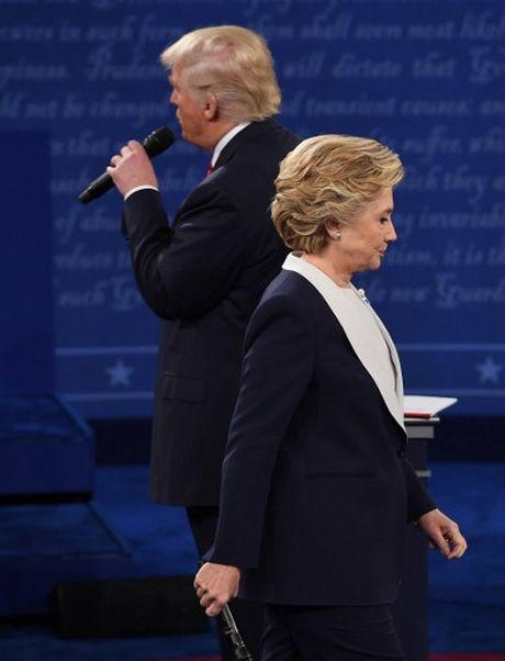 Anh an tuong trong cuoc tranh luan thu 2 cua Trump va Clinton - Anh 10