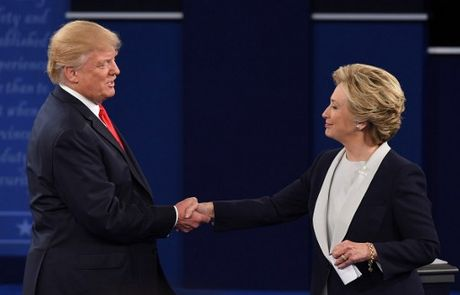Anh an tuong trong cuoc tranh luan thu 2 cua Trump va Clinton - Anh 12