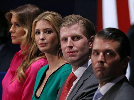 Anh an tuong trong cuoc tranh luan thu 2 cua Trump va Clinton - Anh 2