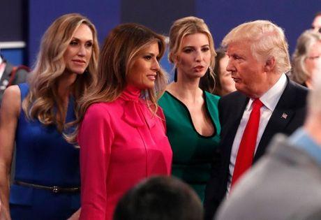 Anh an tuong trong cuoc tranh luan thu 2 cua Trump va Clinton - Anh 3