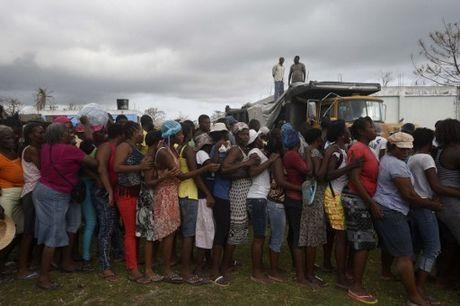 Can canh Haiti tan hoang, 'quay quat' trong ngheo doi - Anh 1