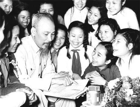 Bac Ho voi Ha Noi nhung ngay dau giai phong - Anh 2