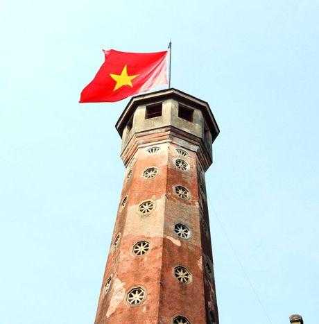 Cot co Ha Noi: 'Nhan chung' lich su hon 200 tuoi - Anh 10