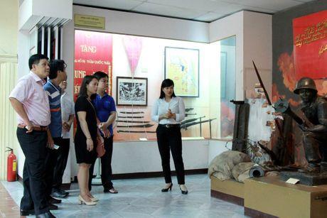 Cot co Ha Noi: 'Nhan chung' lich su hon 200 tuoi - Anh 20