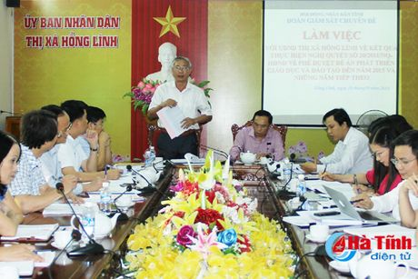TX Hong Linh: 100% truong tieu hoc day 2 buoi/ngay khong thu tien phu huynh - Anh 4