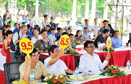 Hang chuc nghin sinh vien tham gia chuong trinh dong hanh cung hang Viet - Anh 1