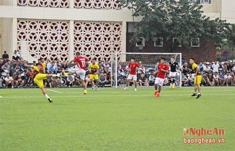 FC Thanh Co doat chuc vo dich giai bong da phong trao - Anh 1