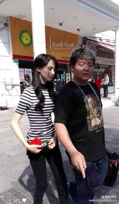 Khien moi nguoi hoang hot voi doi chan co huong, Trinh Sang da chiu tang can chua? - Anh 9