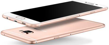Smartphone Samsung Galaxy C9 lo cau hinh an tuong - Anh 1