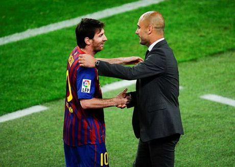 Guardiola giai thich ly do Messi thuong di bo tren san - Anh 1