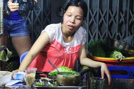 Nguoi Sai Gon 'boc so' cho ca gio de an bap nuong - Anh 2