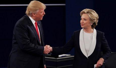Tranh luan lan hai: Donald Trump - Hillary Clinton thang bai kho phan - Anh 1