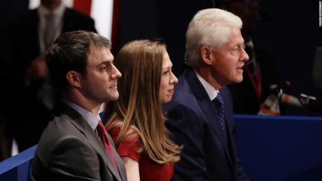Toan canh cuoc tranh luan kich tinh giua Donald Trump - Hillary Clinton - Anh 11