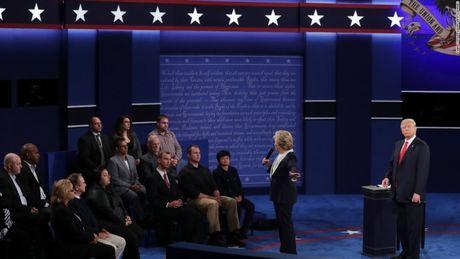 Toan canh cuoc tranh luan kich tinh giua Donald Trump - Hillary Clinton - Anh 13