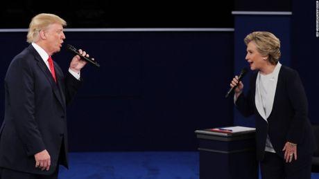 Toan canh cuoc tranh luan kich tinh giua Donald Trump - Hillary Clinton - Anh 1