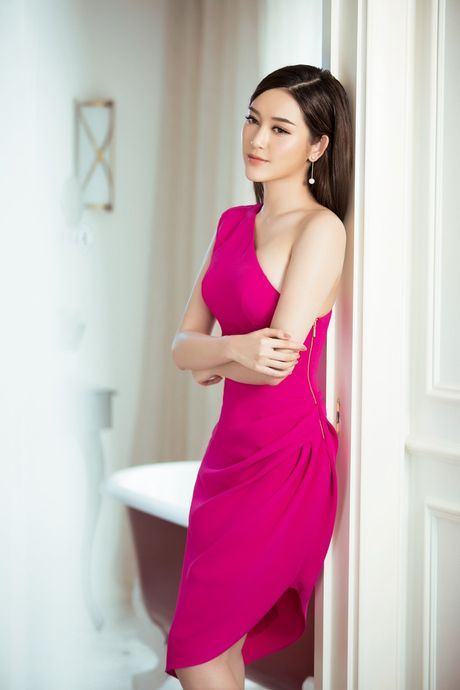A hau Huyen My khang dinh gout thoi trang tinh te & sanh dieu - Anh 5