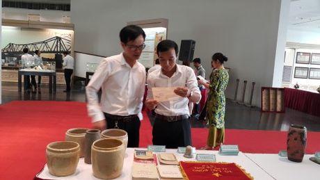 Bao tang Ha Noi bay nhieu tai lieu, hien vat quy - Anh 1