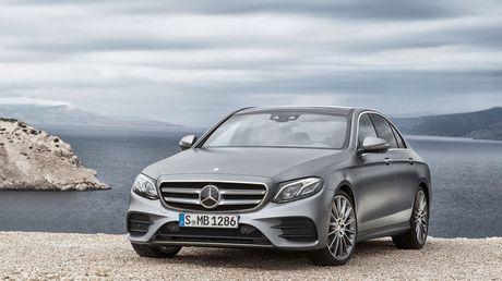 Mercedes Benz E-Class ra mat vao tuan sau, dep nhu S Class thu nho - Anh 1