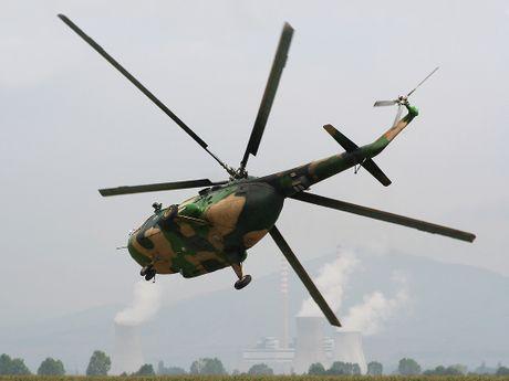 Them mot nuoc DNA theo Viet Nam mua truc thang Mi-17 - Anh 10