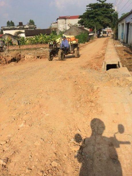 Tiep bai;Thieu Hoa (Thanh Hoa): Dan keu troi vi du an…rua bo! Ban doc chi nhung bat cap trong thi cong du an duong 516C - Anh 3