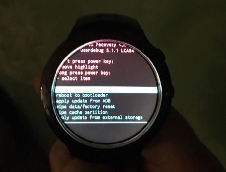Ro ri smartwatch HTC chay Android Wear, lam chung voi Under Armour, co cam bien nhip tim - Anh 9