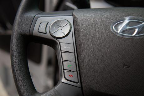 Xe ben Hyundai Xcient - noi that nhieu tien nghi, co giuong va co cho treo rem - Anh 12