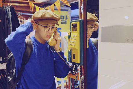 BTV dai KBS Han Quoc tu nhan la 'fan bu' cua Duy Khanh - Anh 11