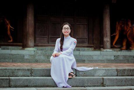 Ve dep cua nu sinh THPT Huynh Thuc Khang trong cuoc thi Miss VOS 2016 - Anh 4
