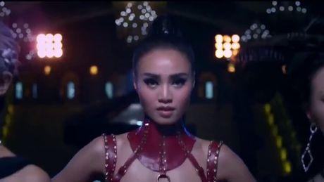 Tren co Apple duoi co... Son Tung, the gong kim dang khien Samsung 'soi mau'? - Anh 2