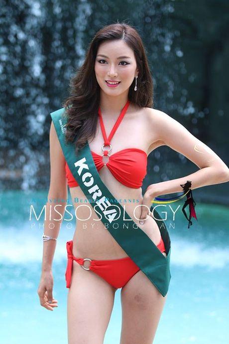 Choang truoc tao dang bikini cua thi sinh Hoa hau Trai dat 2016 - Anh 25