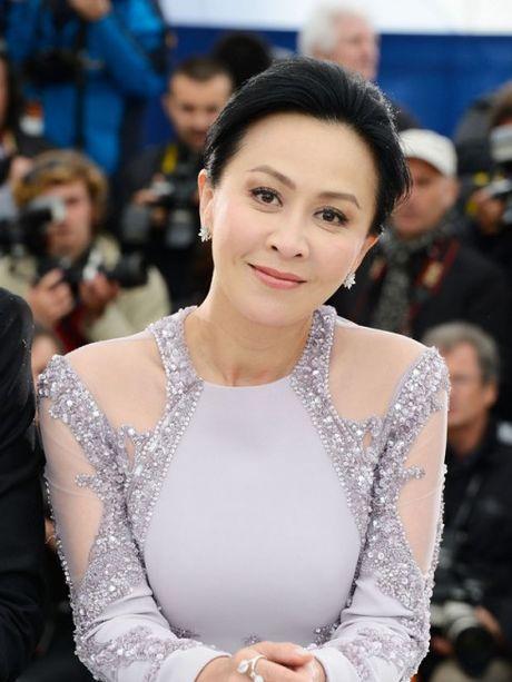 Luu Gia Linh: tu qua khu bi xa hoi den ham hiep den ngoi vi ty phu Hong Kong - Anh 3