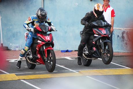 Honda Winner lan dau tranh tai tren duong dua - Anh 2