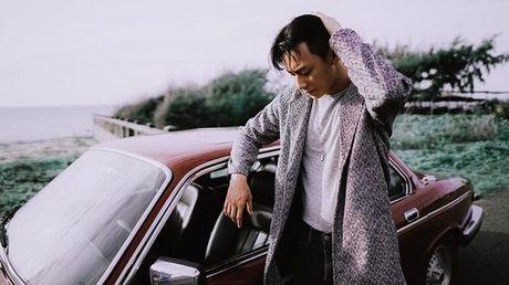'Nam than' Rocker Nguyen chinh thuc gia nhap Vpop voi MV dep long lanh - Anh 12