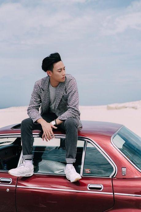 'Nam than' Rocker Nguyen chinh thuc gia nhap Vpop voi MV dep long lanh - Anh 3