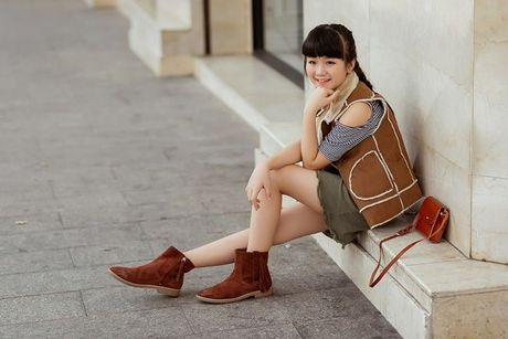 Kim Anh The Voice Kids khoe street style xinh xan tren pho - Anh 8