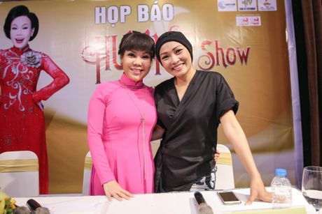 Viet Huong lam liveshow tien ti o san van dong, phat ve mien phi cho sinh vien - Anh 3