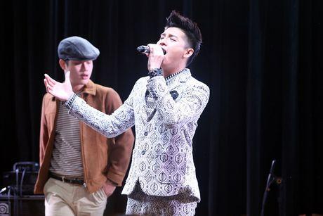 La ca si Viet dau tien to chuc hop fan o Han, Noo Phuoc Thinh duoc hang tram khan gia vay kin ung ho - Anh 7
