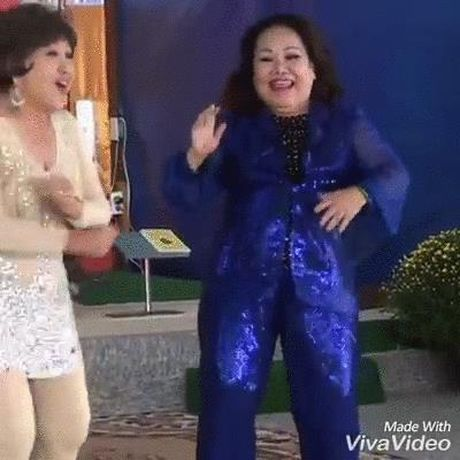 Clip dang hot: Hai nghe si cai luong gao coi ca co, doc rap va nhay hip hop cuc khoe - Anh 1