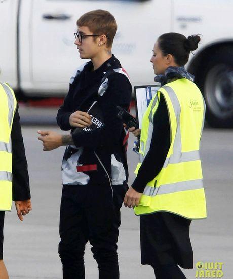 Cau be thich 'quan tut' nam nao gio da thanh mot Justin Bieber thu sinh va dien trai me nguoi - Anh 4