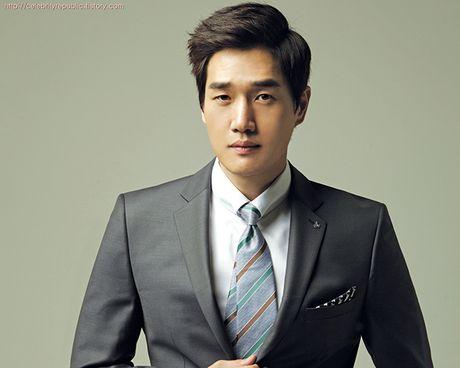 Sau 'Train To Busan', Gong Yoo tan cong man anh nho cung Kim Go Eun - Anh 9